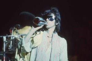 Keith Swigs On Stage