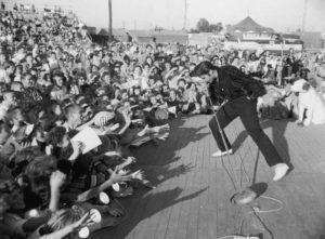 Presley Performs